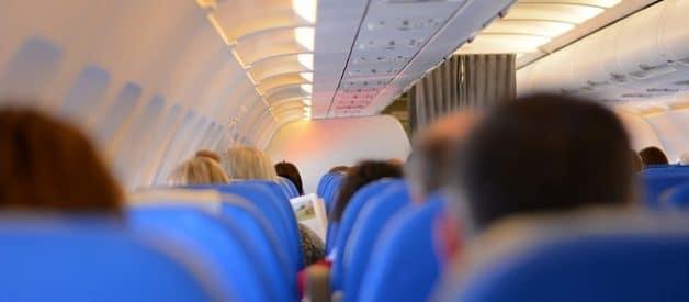 Truques para dormir durante um voo